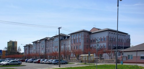 """Sdružené zdravotnické zařízení a nemocnice Krnov, """"Rekonstrukce stávajících pavilonů a výstavba nových nemocničních provozů"""""""